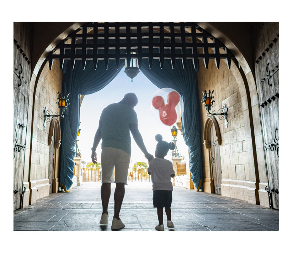 click here to find a disney vacation package now